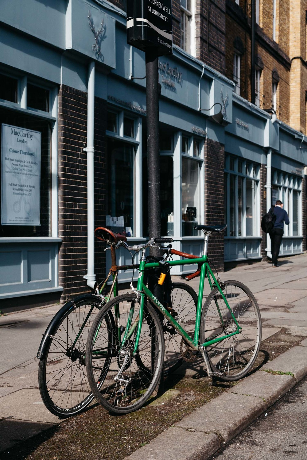 London - travel photography - On a hazy morning - Amsterdam