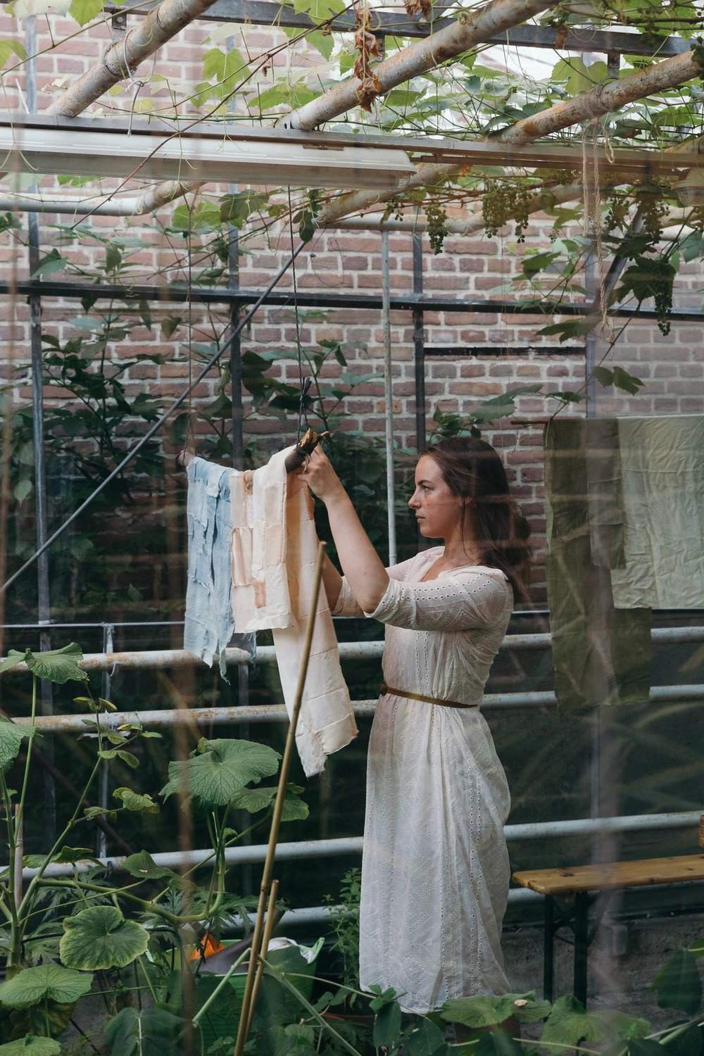 Elin Wanderlust - Natural Dyeing with flowers and plants - Amste