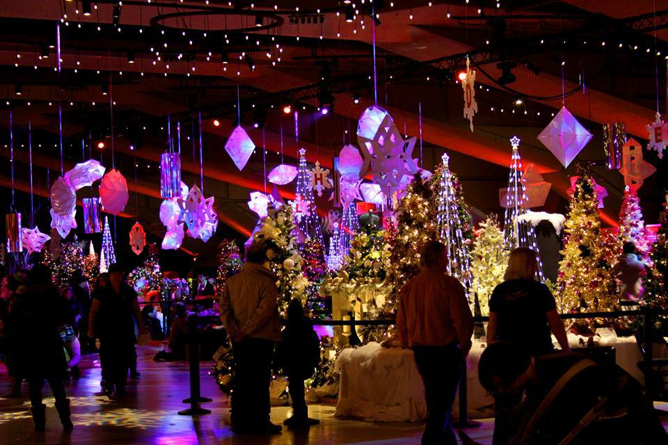 edmonton_weekend_events_festival_of_trees_christmas_events_holiday_parties_style_fashion_blog.jpg