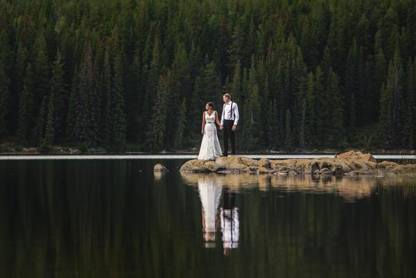 edmonton_wedding_guide_ideas_photographer_carey_nash_jennifer_bergman_planner_venues.jpg