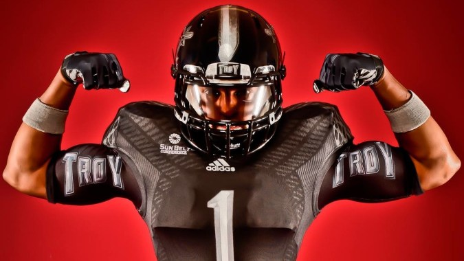 troy-trojans-new-2013-blackout-adidas-football-uniform-675x380.jpg