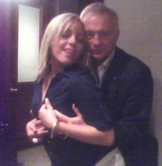 Jerry Jones.jpg