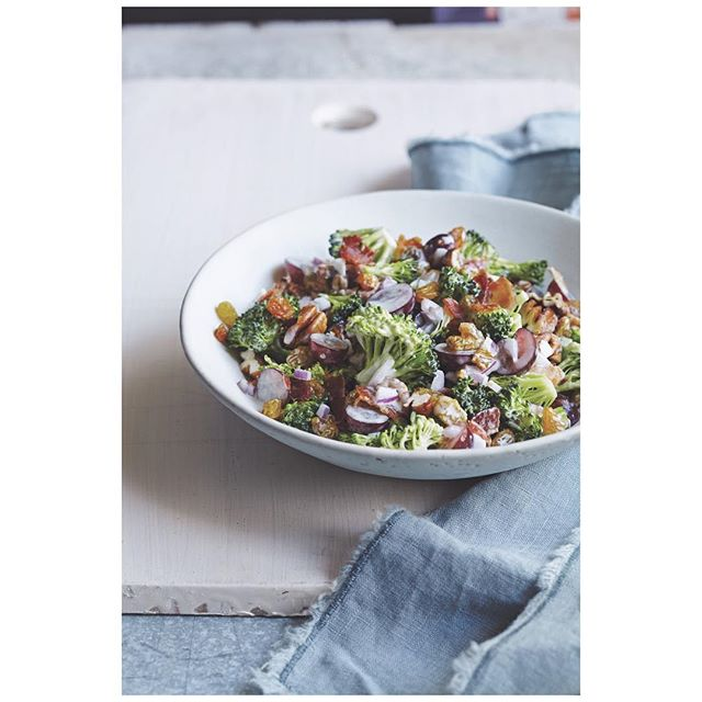 Chopped Broccoli Salad with Grapes 👏🏼Your healthy weekend meal inspo from The Wellness Mama Cookbook @wellnessmama