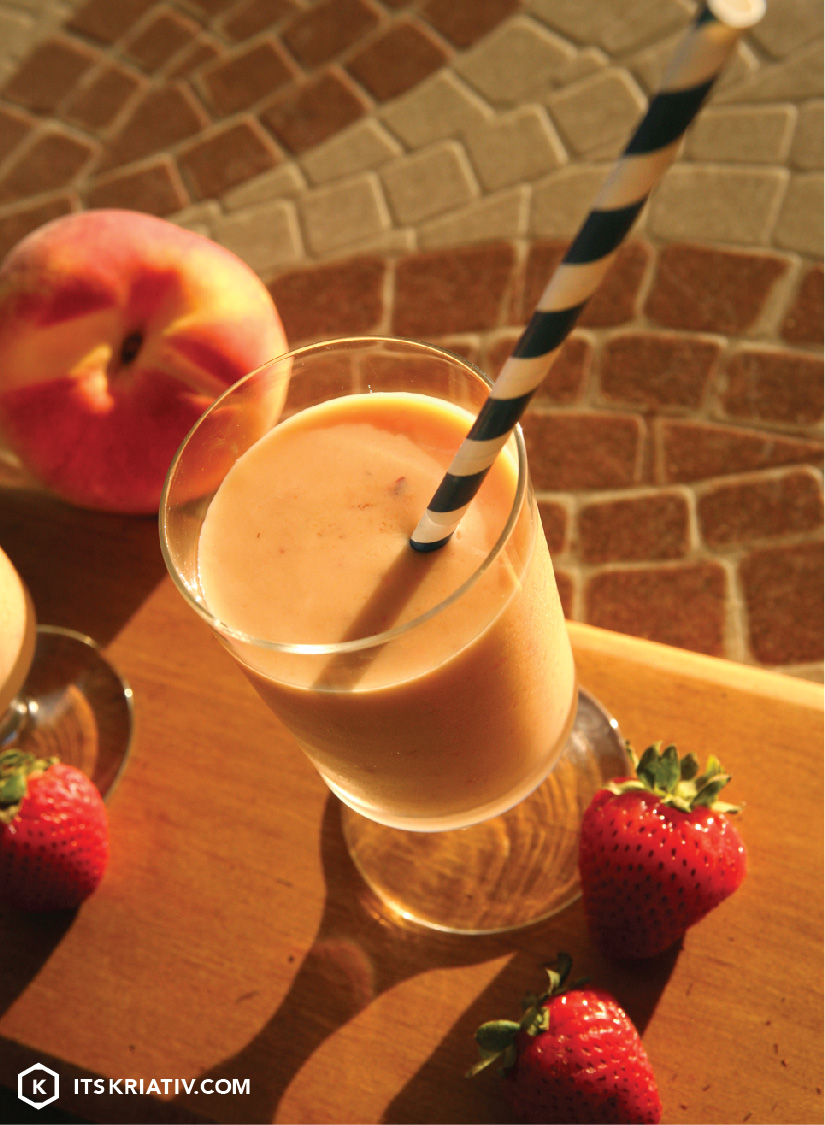 Oct_13_Food_PeachMangoSmoothie_01a-05.jpg