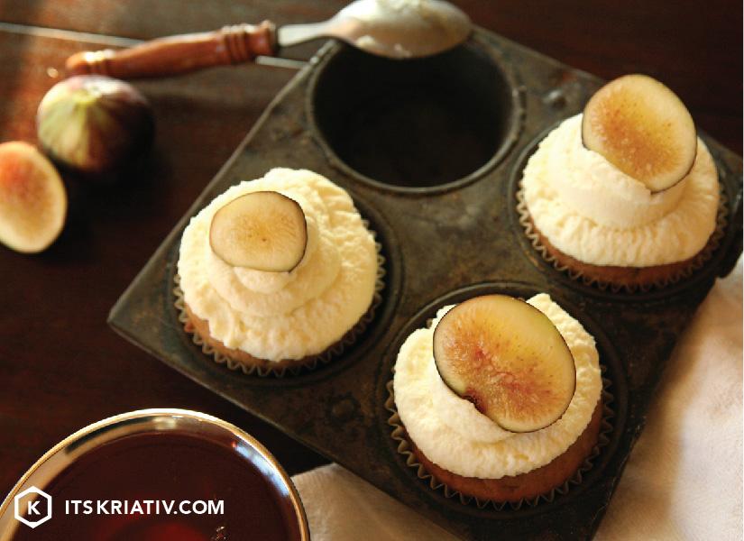 Oct_13_Food_BananaNutCupcakes_01a-08.jpg