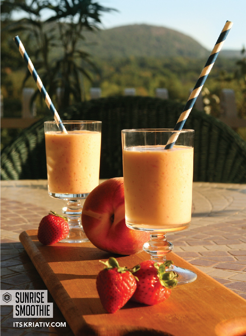 Oct_13_Food_PeachMangoSmoothie_01a-04.jpg