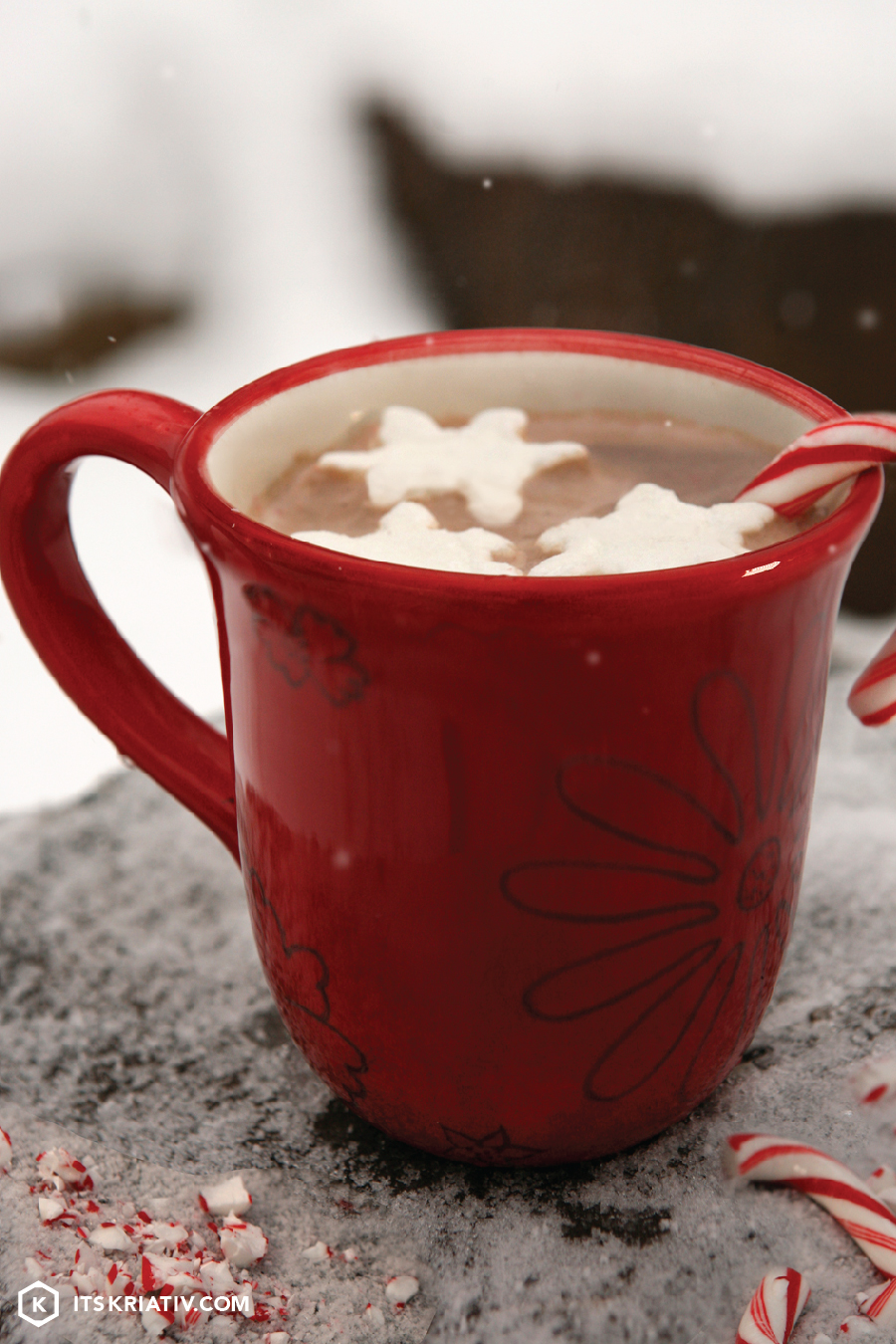 Its-Kriativ-Food-Rum-Peppermint-Hot-Chocolate-Captain-Morgan.jpg