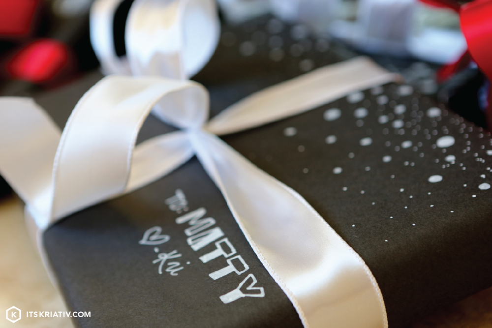 Its-Kriativ-December-Decor-Holiday-Gift-Krafty-Wrapping-06.jpg