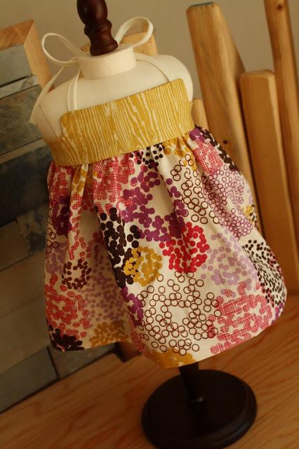 Sewing a doll dress, a tutorial
