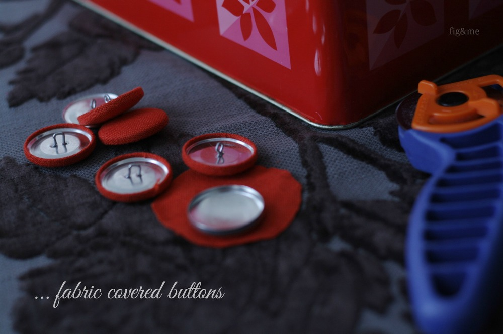 Fabric covered buttons, by Fig&me.