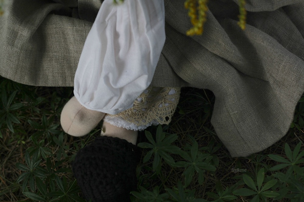 Vintage lace and crochet edging on her legs, by Fig and me.
