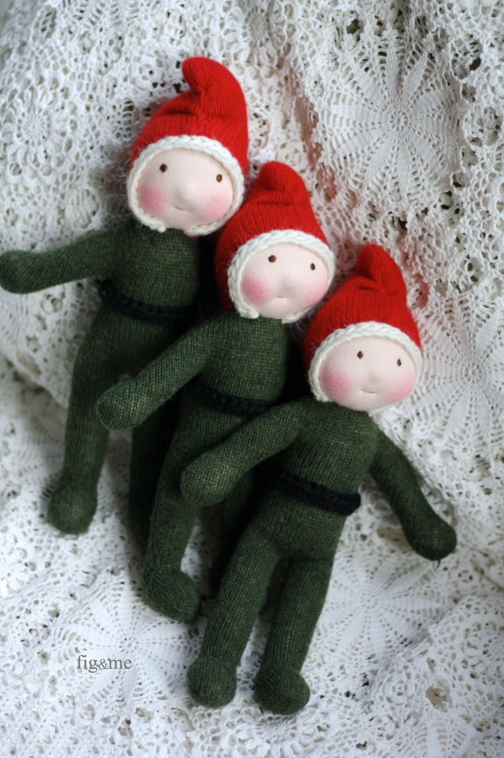 Three messy elves by Fig and Me.