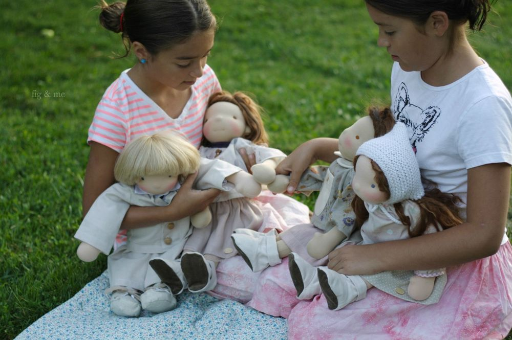 Playing with dolls (via Fig and Me)