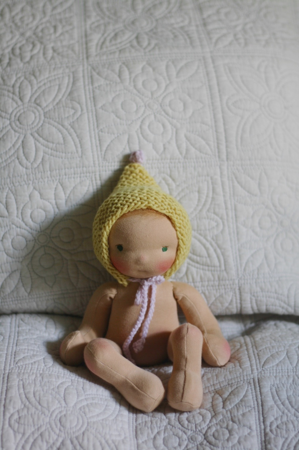 Natural dolls stuffed with wool, why, how and where to source it (via fig and me)