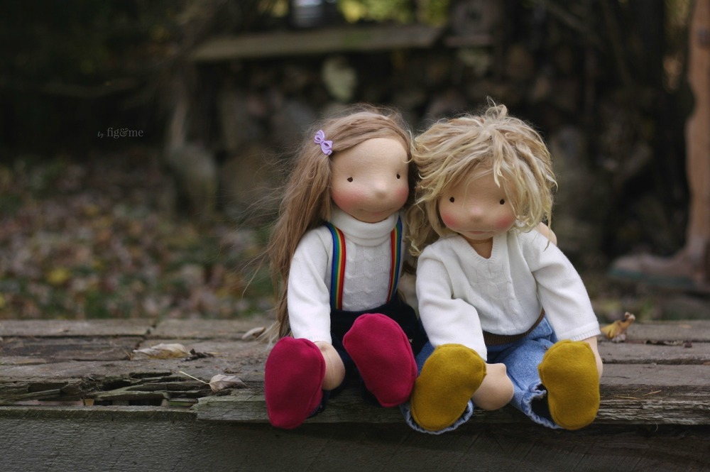 Tonja and Kelly, two little dolls ready for play, by Fig and me.