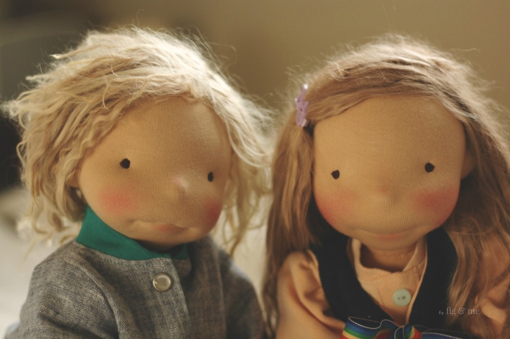 Kelly and Tonja, two natural fiber art dolls ready to play. By Fig and Me.