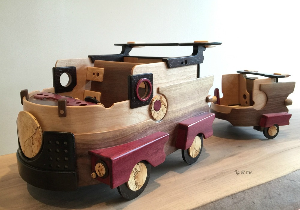 Wood car and trailer by Fig and Me.