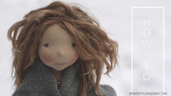 How to use natural fiber for doll hair, the weft method. You can use Suri Alpaca, Wensleydale, Romney, Teeswater, etc. A mini tutorial by Fig and Me.