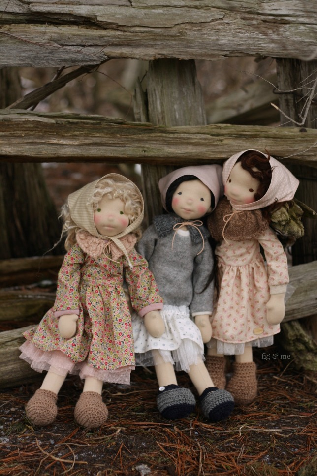 Three natural fiber art dolls: Sisley, Kasumi and Oona. Made by Fig and Me.