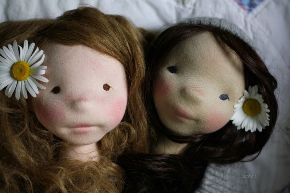 Hedwig and Dagmar, two natural cloth art dolls by Fig and Me.