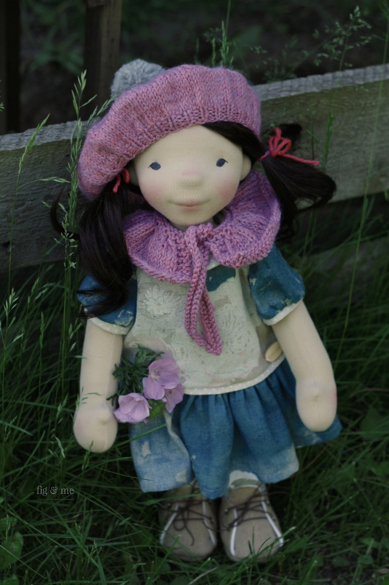 Dagmar, wearing her linen dress and knitted accessories. By Fig and Me.