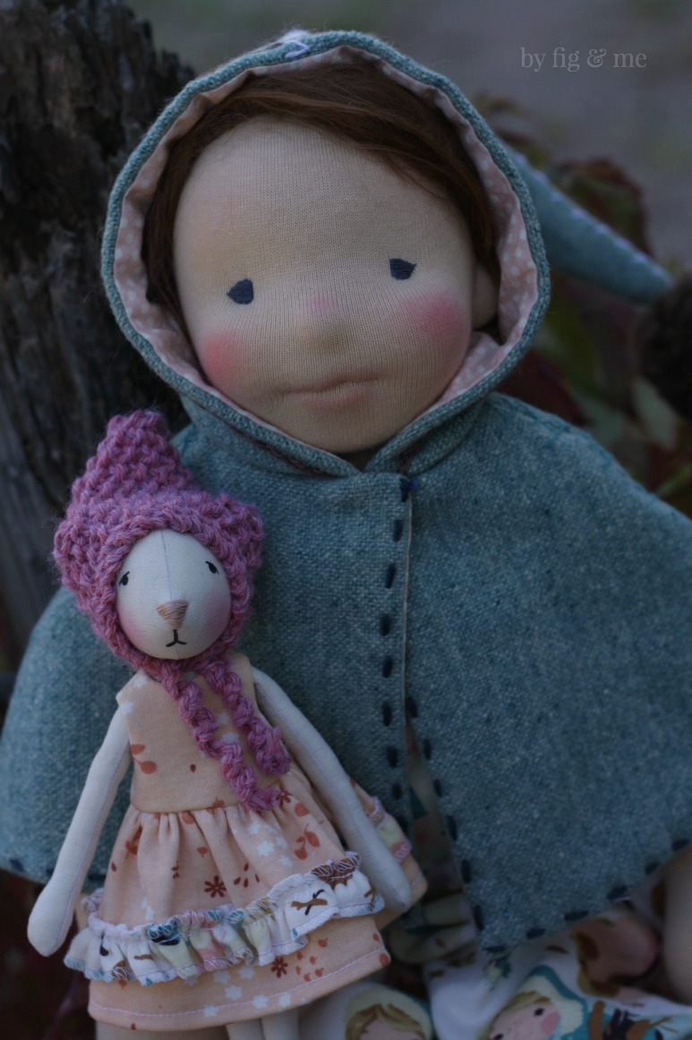 Carolina and Cedar, a set of handmade natural fiber art dolls by Fig and Me.