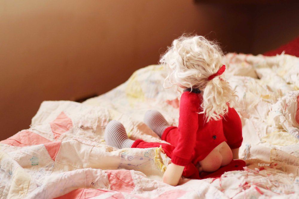 Rúna in her bum flap pyjamas, by Fig and Me. #dollclothing #handmadedolls