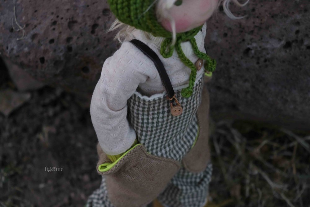 Snow White likes to keep her hands in those big pockets when it starts to get chilly in the garden. By fig and me.