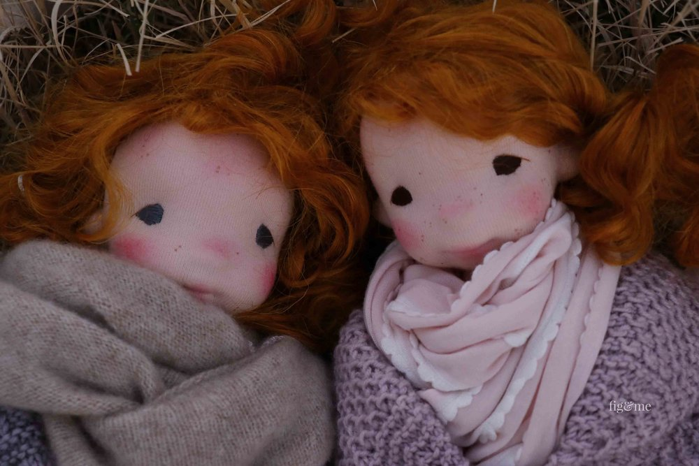 Maggie and Orla are two natural fiber art dolls by Fig and Me. They have a lovely story to tell, come and read all about it.