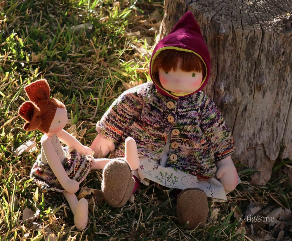 Sunny and Aibreann, a Lollipop and a Figlette. Two natural fiber art dolls by Fig and Me.