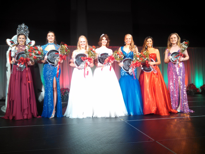 Photographed (left to right) Miss Merry Christmas 2015 Ellen E. Ingram; Christmas Belles Hannah Aviles, Meradith Grace Maxey, Rachel Sheffield, Madelyn Matt and Anna Katherine Smith; and Barbara Kirsch Award recipient Kylie Parks Photo taken by: Natchitoches Parish Journal