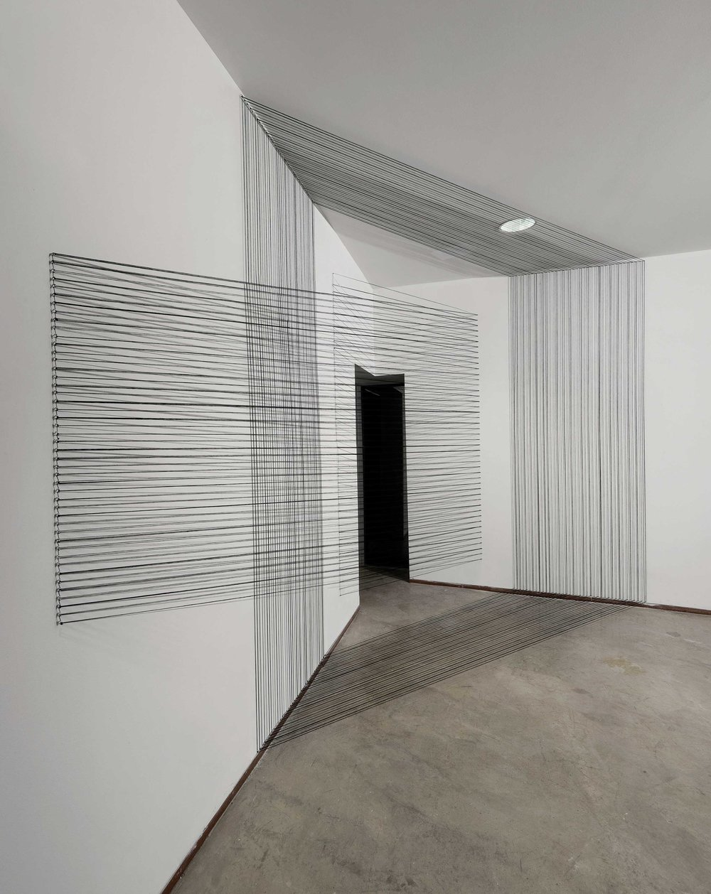 08.EunHyeKang_within-and-without_Cotton-Yarn_380x255x305(cm)_2012.jpg