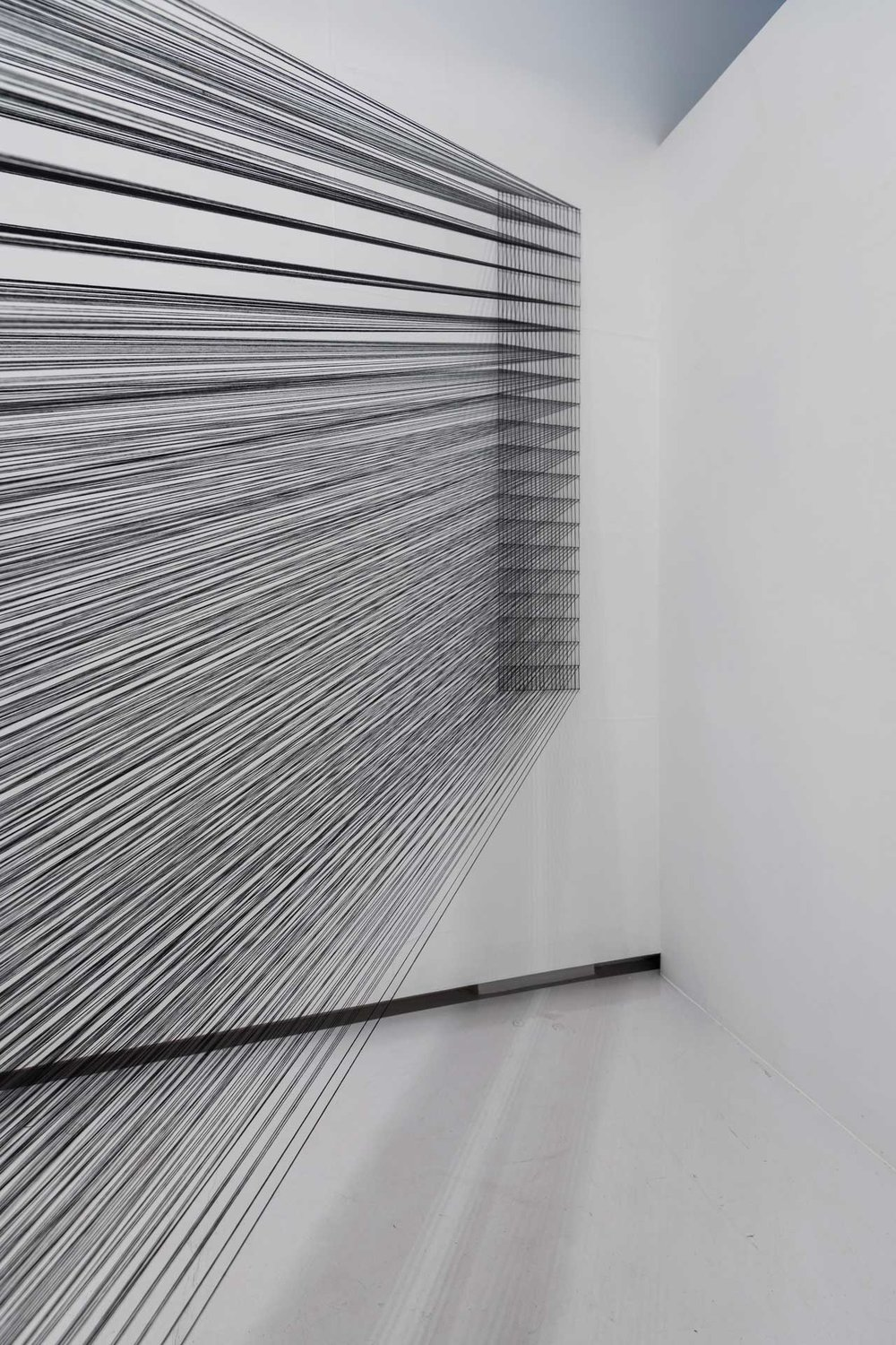 4.EunHyeKang_Full or Empty No.06 _Cotton yarn_Site-specific installation_2017.JPG