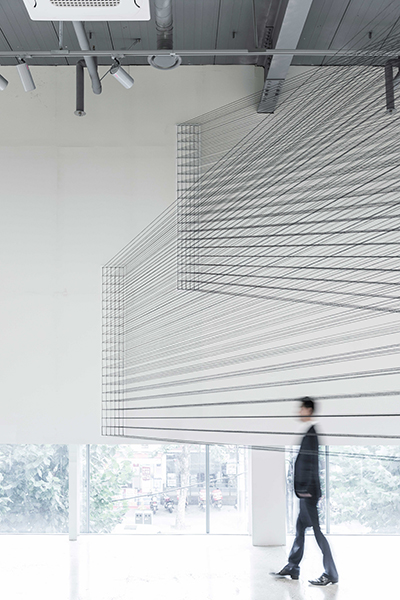 04.EunHyeKang_Passage_Cotton-yarn_Site-specific-installation_2017.jpg