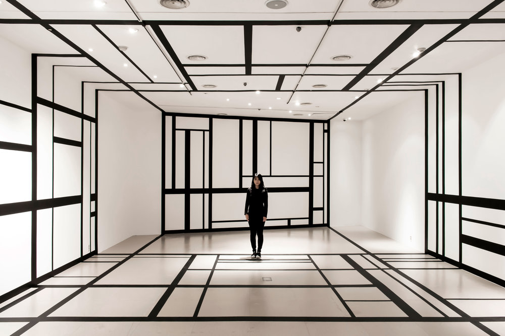 3.EunHyeKang_Linear-Space_Tape_Site-specific-installation_2018.jpg