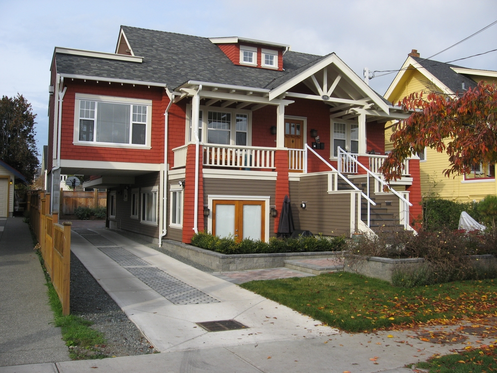Example of Victoria conversion i.e. where an old house has been lifted off its foundation and a second house placed underneath. Conversions can have 3 to 5 units in them depending on the size of the original house and lot.