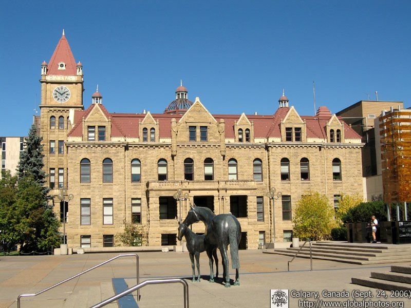 Sandstone City - Calgary's historic city hall is still home to the Mayor and Aldermen's offices.