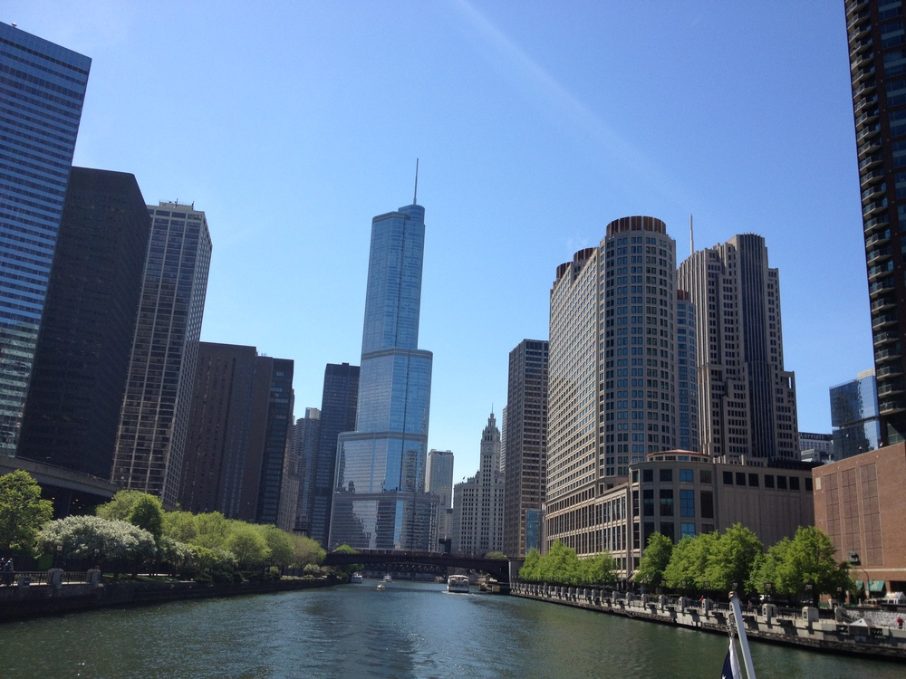 A view down the Chicago River which provides a dramatic perspective to view the skyline and visual history of Chicago, which is so linked to its buildings.