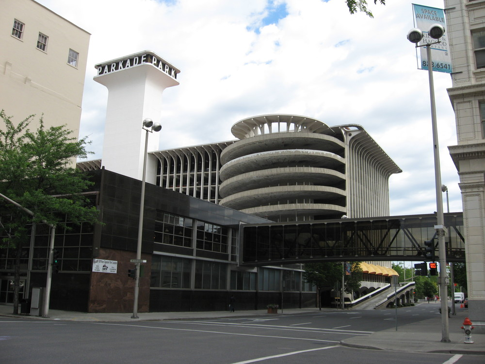 The Parkade ramp and tower are very sculptural when viewed from this angle. Also not the skybridges that connect the Parkade to neighbouring buildings without having to go to street level.