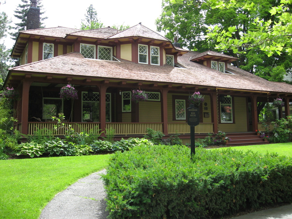 Albert Held was the architect for the  Reid House built in 1900. It is one of the few houses that wasn't designed by Kirtland Cutter and one of the few Craftsman style homes on the block.  2315 West First Avenue.