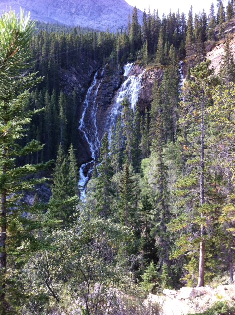 As part of the climb we got very close to this waterfall and there are several places where you have to cross small streams / waterfalls.  For a moderate walk, easy climb Grassi Lakes has a lot to offer.