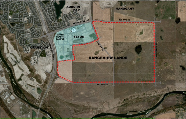 This aerial image show the agricultural quarter section grid that has been used in the area for over 100 years. that served as the inspiration for proposed grid structure for the new Ranchview community.   You can also see the numerous ponds and creeks which will be integrated into the open spaces and sustainability features.