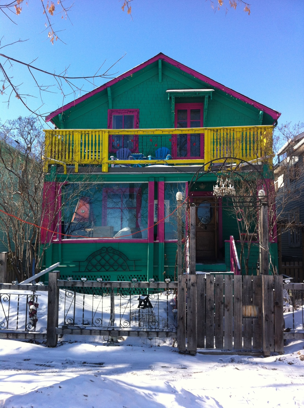 Just down the street from Sketch is this hippy house, how cool is this!