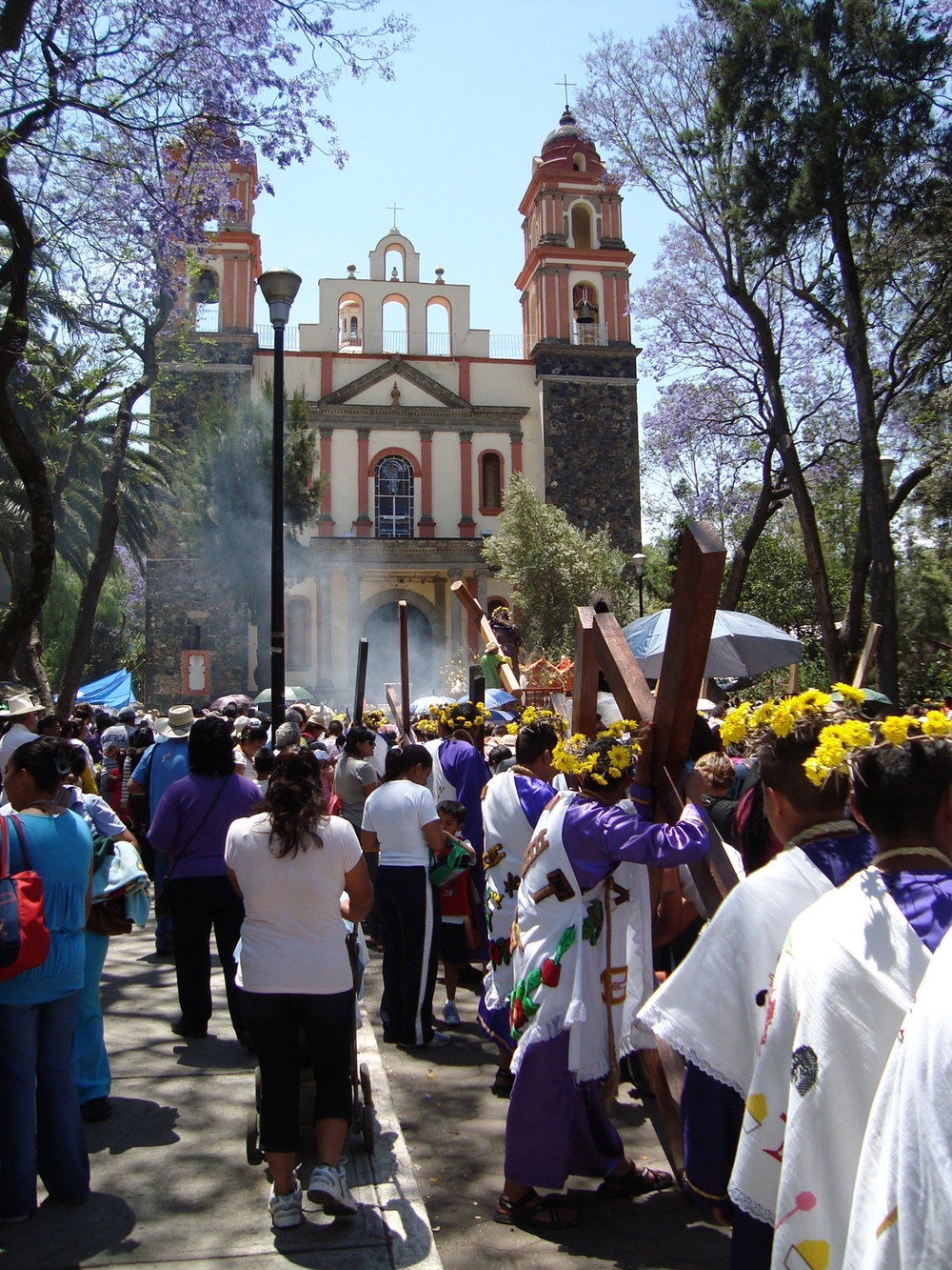 This is not from San Miguel, but it does illustrate an Ash Wednesday street procession.