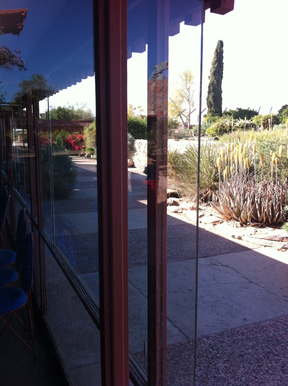The large dining room for the campus is very modern with its floor to ceiling windows.  While Wright was not a big fan of glass initially, when he did decide to add it to Taliesin West, he did so in an innovative manner by moving the structural posts away from the corners creating better views of the gardens and mountains.  This unpatented technique of frameless glass corners is now popular in contemporary home showers.