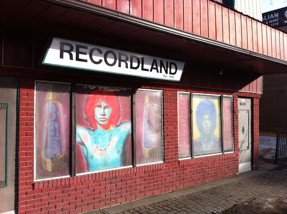 Recordland is just one of many local shops in Inglewood that makes it a fun place to flaneur.
