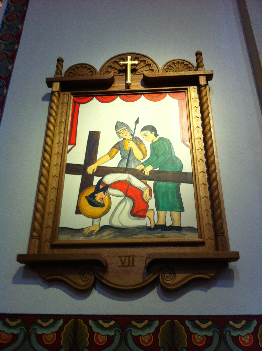 More links between folk art and religious art at the cathedral.
