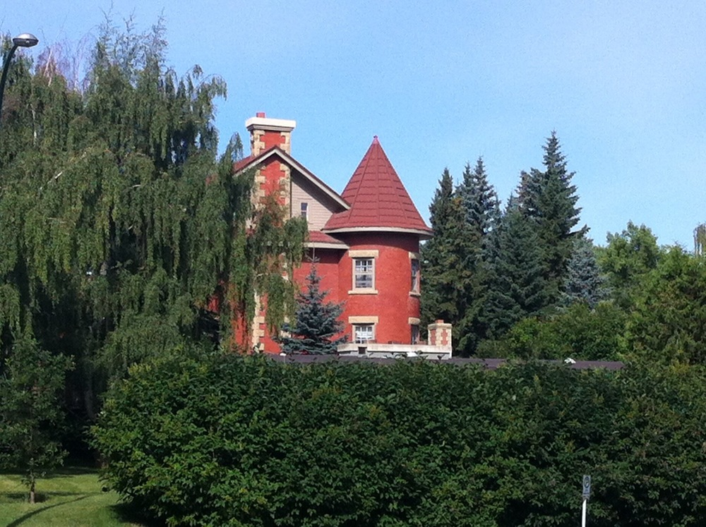 R.B. Bennett House was built in 1912.  Canada's 12th Prime Minister owned this home from 1917 to 1947, but never lived in it.  The rounded corner tower with its octagonal roof, it not typical of Georgian Revival homes (Calgary Walks, Harry Sanders, 2005).