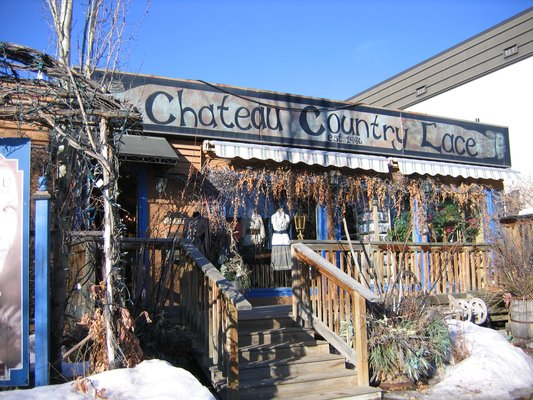 Chateau Country Lace, Parkdale Loop. Calgary.