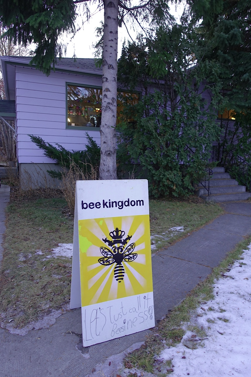 "You would never know that this mid-century house has been home for the Bee Kingdom for several years without the sign saying ""Let's just call it beesiness?"""